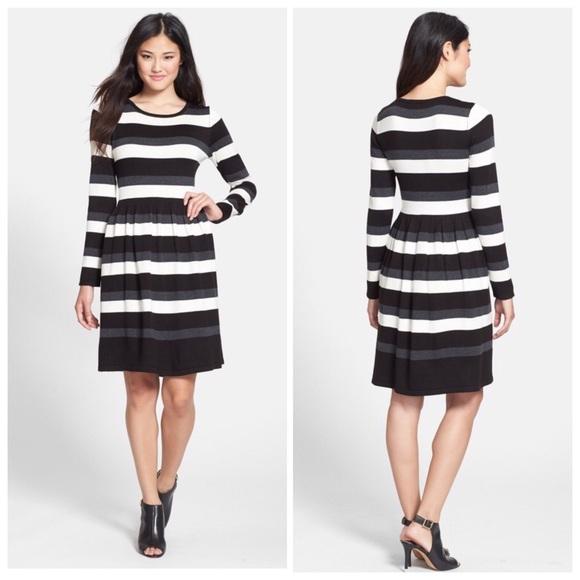 c6637574aa4 Vince Camuto Stripe Fit Flare Sweater Dress. M 5c34ecbe2beb792cd72a3917